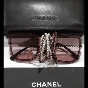NEW, AUTHENTIC CHANEL With Multi Strands Chain